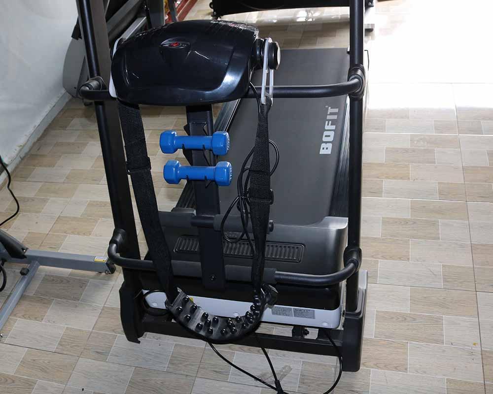 Máy chạy bộ đa chức năng,kết trang bị máy Massage Bụng trên máy