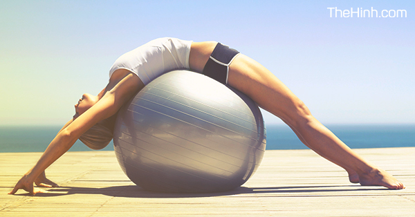 pilates and bóng yoga